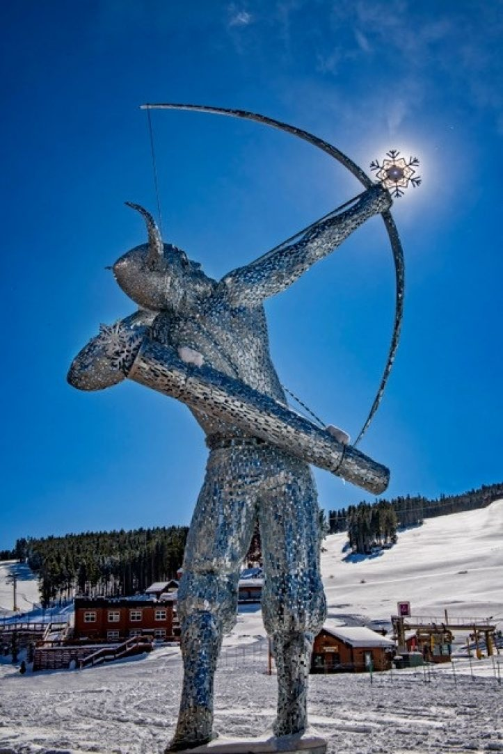 2021-02 8-The-galvanized-God-of-Snow_201218_201317